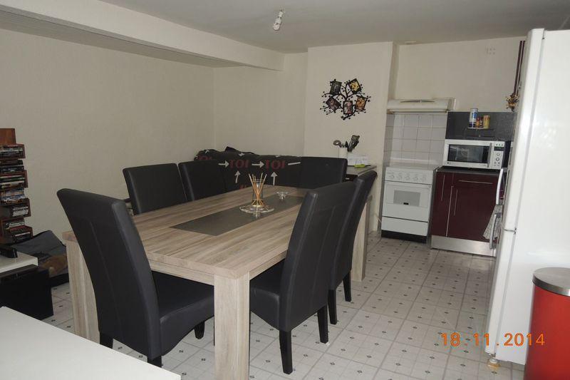 Appartement Eyguières  Location appartement  2 pièces   45m²