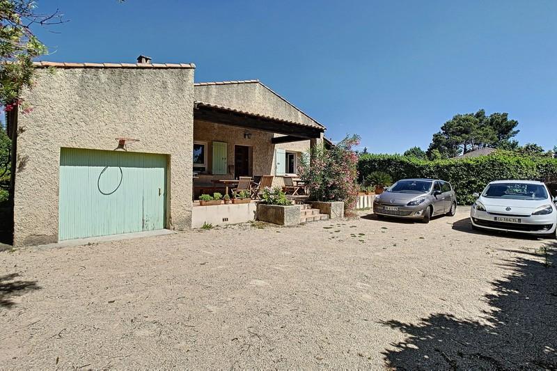 Photo Villa Eyguières Proche village,  Location villa  5 chambres   134m²
