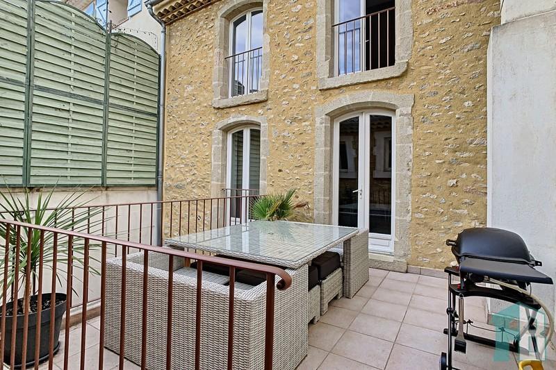 Photo Maison Eyguières  Location maison  4 chambres   150m²