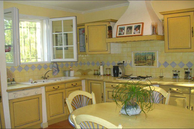 Photo n°2 - Location Maison bastide Eyguières 13430 - 2 200 €