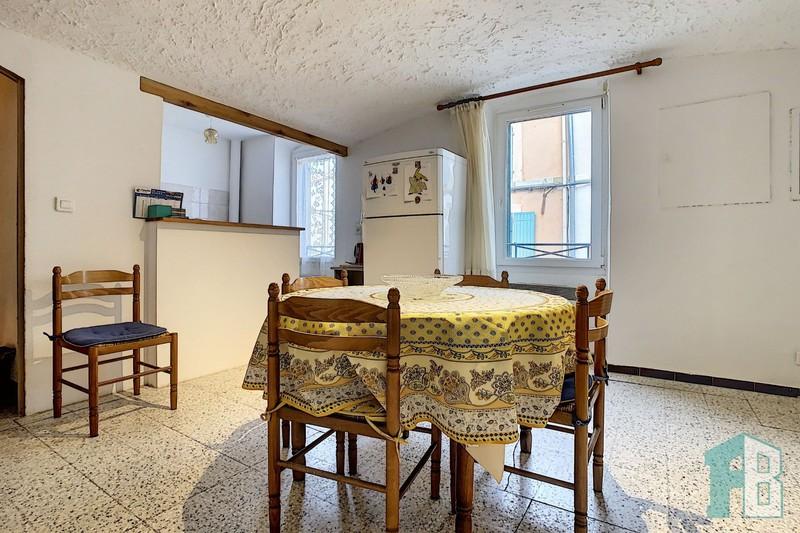 Maison de village Eyguières Centre,  Location maison de village  2 chambres   81m²