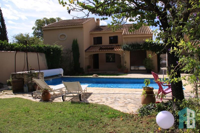 Villa Eyguières   achat villa  3 chambres   160m²