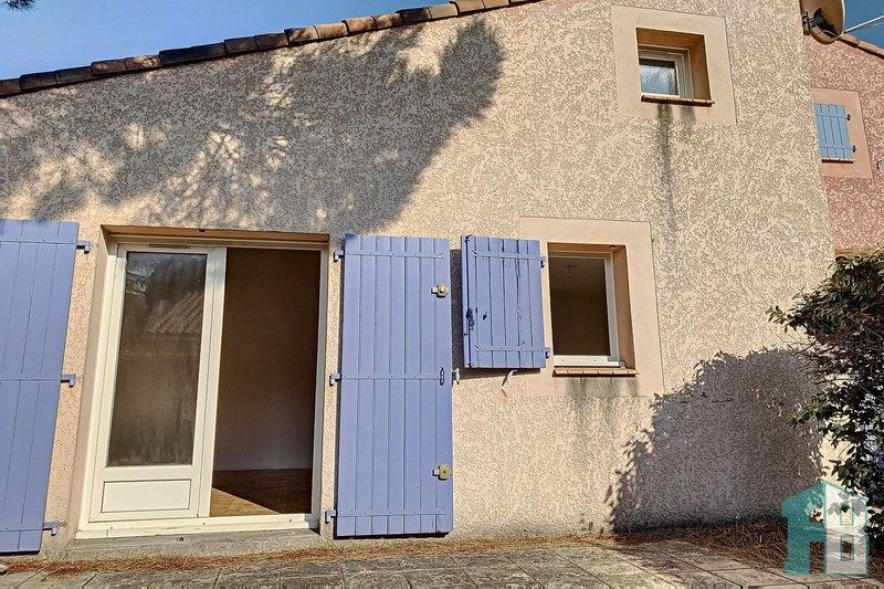 Photo n°1 - Vente maison Eyguières 13430 - 142 000 €
