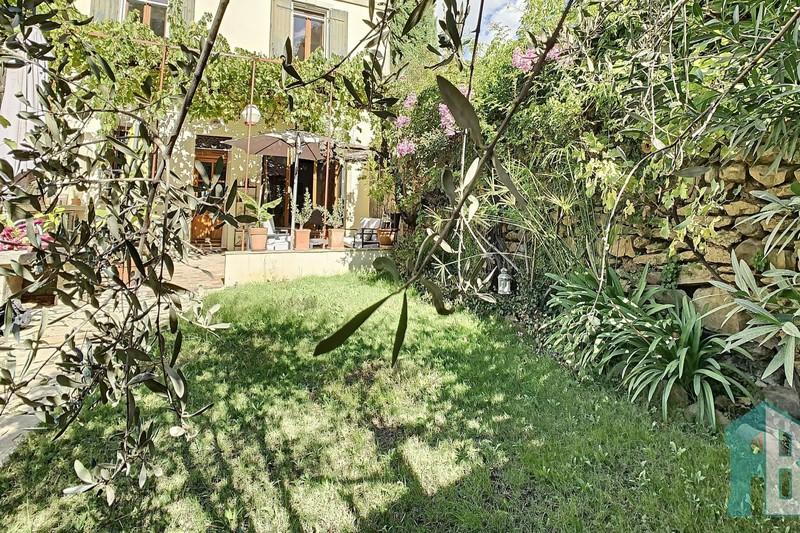 Maison de village Eyguières Centre-ville,   achat maison de village  4 chambres   150m²