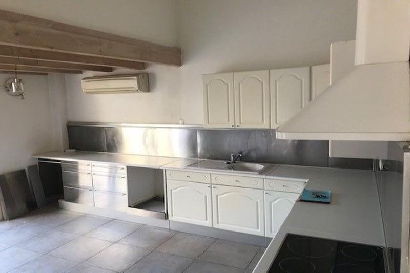 Photo Apartment Carpentras  Rentals apartment  3 rooms   86m²