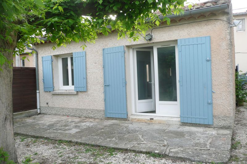Maison de village Caromb Village,  Location maison de village  1 chambre   37m²