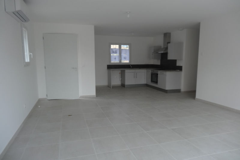 Villa Flassan Proche village,  Rentals villa  3 bedroom   90m²