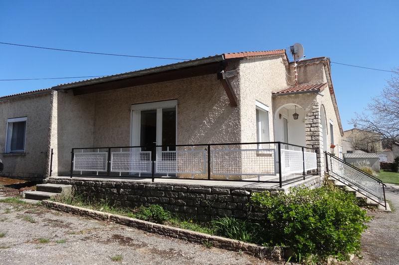 Photo Villa provençale Revest-du-Bion Village,  Location villa provençale  3 chambres   82m²