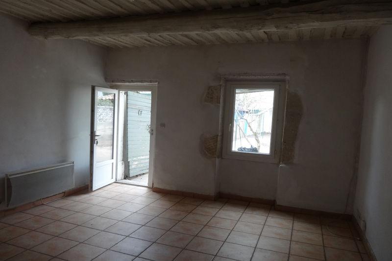 Maison de ville Carpentras  Location maison de ville  2 chambres   62m²