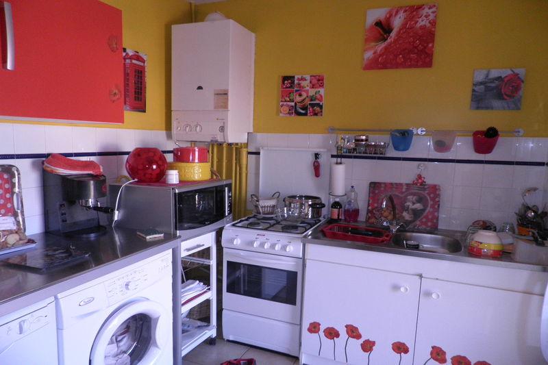 Appartement Carpentras Proche gare,  Location appartement  3 pièces   69m²