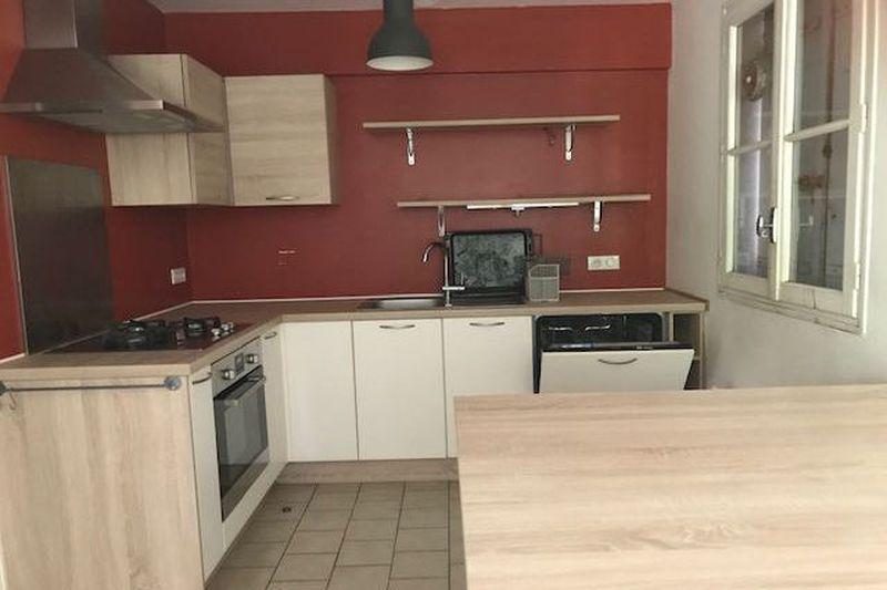 Maison Carpentras Campagne,  Location maison  3 chambres   90m²