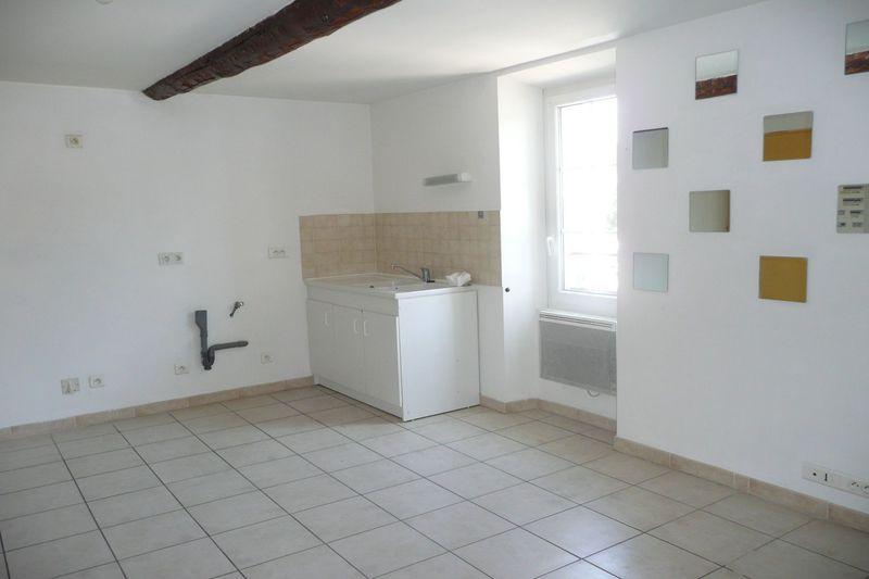 Appartement Aubignan Village,  Location appartement  3 pièces   72m²