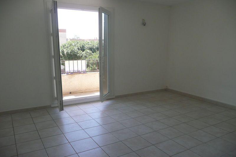 Appartement Le Pontet  Location appartement  3 pièces   55m²