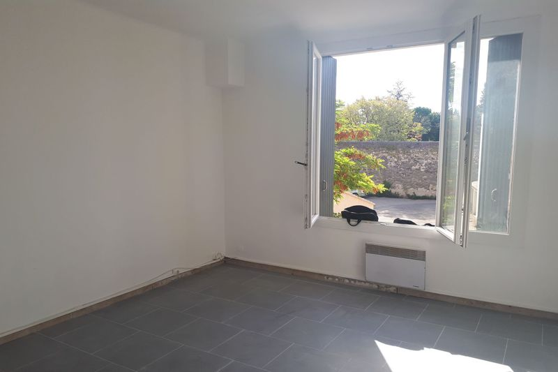 Photo Apartment Carpentras Proche leclerc,  Rentals apartment  3 rooms   70 m²