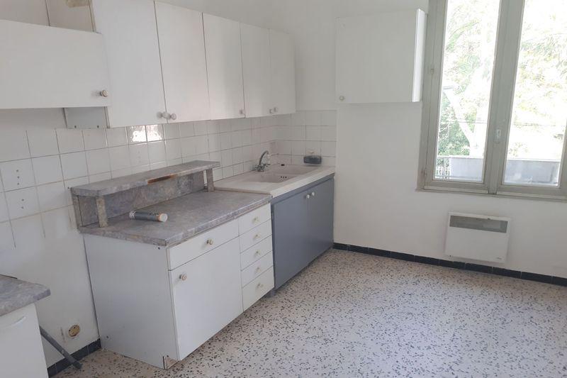 Photo Apartment Carpentras Proche leclerc,  Rentals apartment  3 rooms   70m²