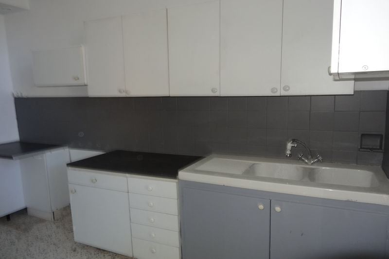 Photo Appartement Carpentras Proche leclerc,  Location appartement  3 pièces   70 m²