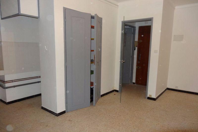 Appartement Avignon  Location appartement  1 pièce   20m²