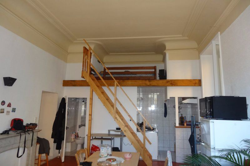 Appartement Carpentras Centre-ville,  Location appartement  1 pièce   35 m²