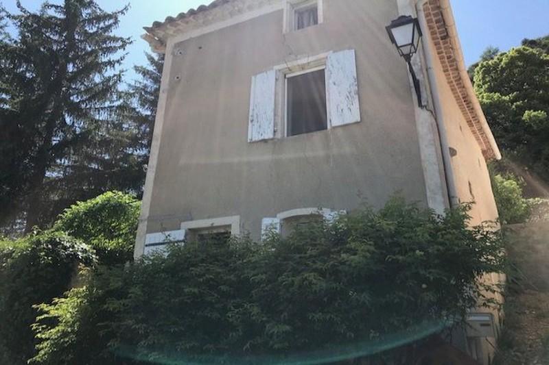 Maison Monieux Village,  Location maison  2 chambres   70m²