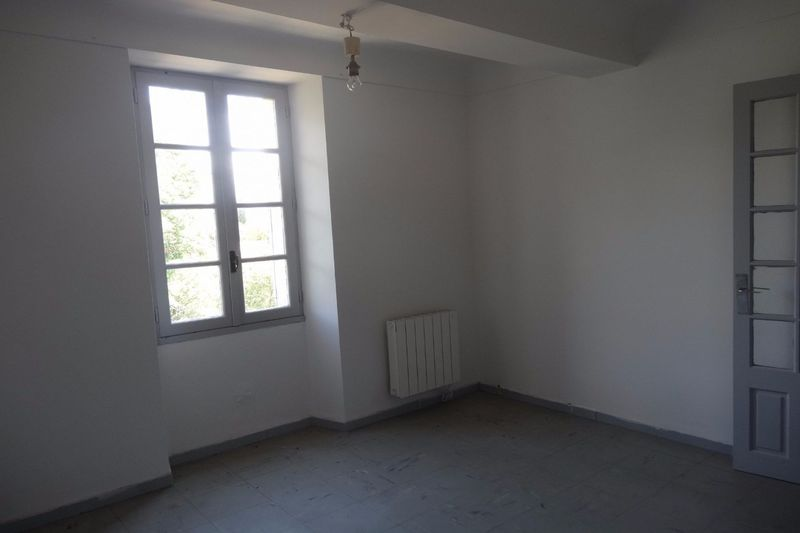 Apartment Sault  Rentals apartment  2 rooms   30 m²