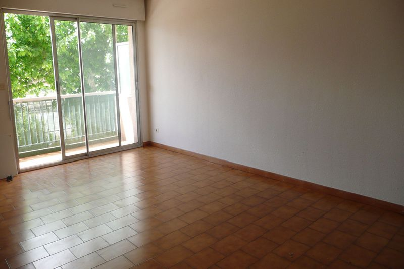 Photo Apartment Carpentras Proche gare,  Rentals apartment  3 rooms   68 m²