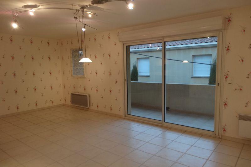 Appartement Carpentras Proche leclerc,  Location appartement  3 pièces   65m²