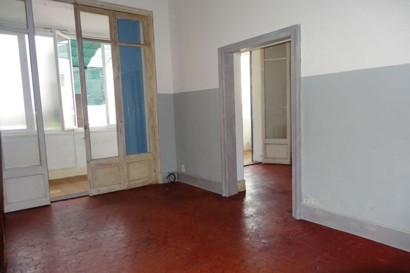 Appartement Carpentras Centre-ville,  Location appartement  2 pièces   41 m²