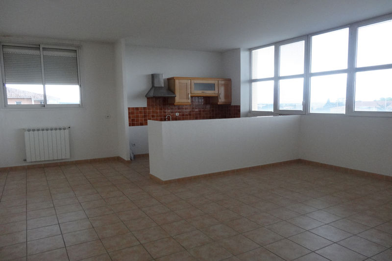 Photo Apartment Carpentras Proche leclerc,  Rentals apartment  3 rooms   75 m²