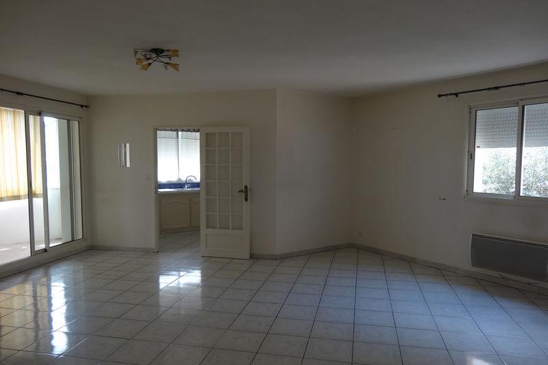 Photo Apartment Carpentras  Rentals apartment  2 rooms   60m²