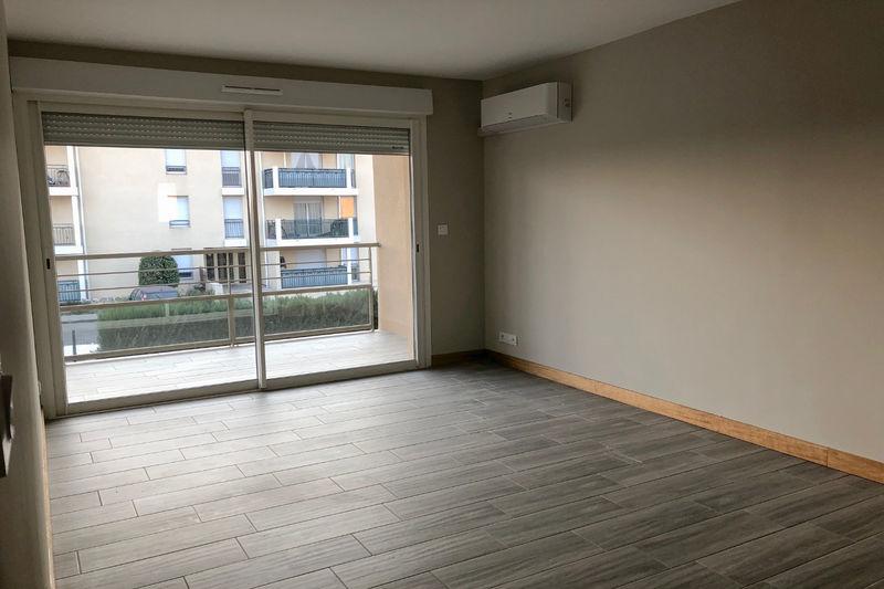 Appartement Carpentras Proche leclerc,  Location appartement  2 pièces   44m²