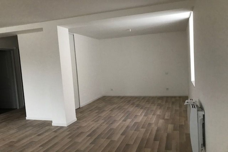 Appartement Carpentras Pyramide,  Location appartement  1 pièce   40 m²