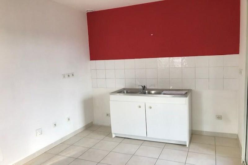 Photo Apartment Aubignan Village,  Rentals apartment  2 rooms   45m²
