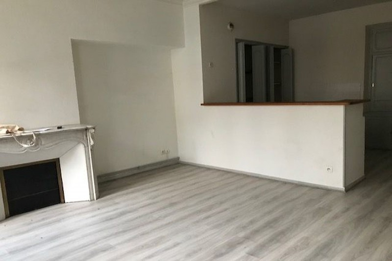 Photo Apartment Carpentras Proche mediatheque,  Rentals apartment  2 rooms   55 m²