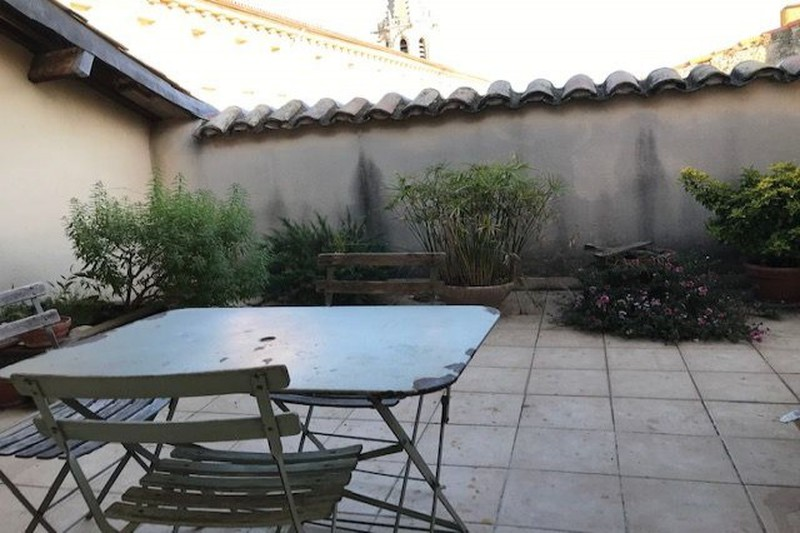 Appartement Carpentras Centre-ville,  Location appartement  4 pièces   80 m²