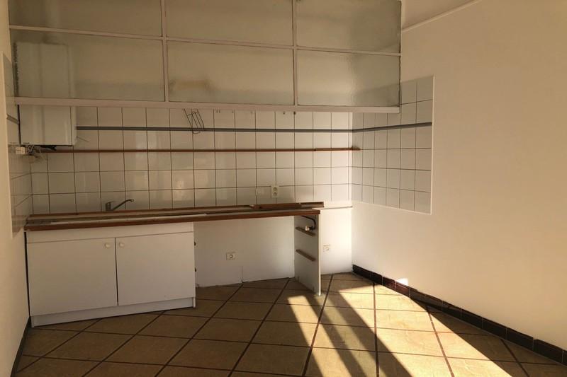Appartement Carpentras Centre-ville,  Location appartement  2 pièces   63m²
