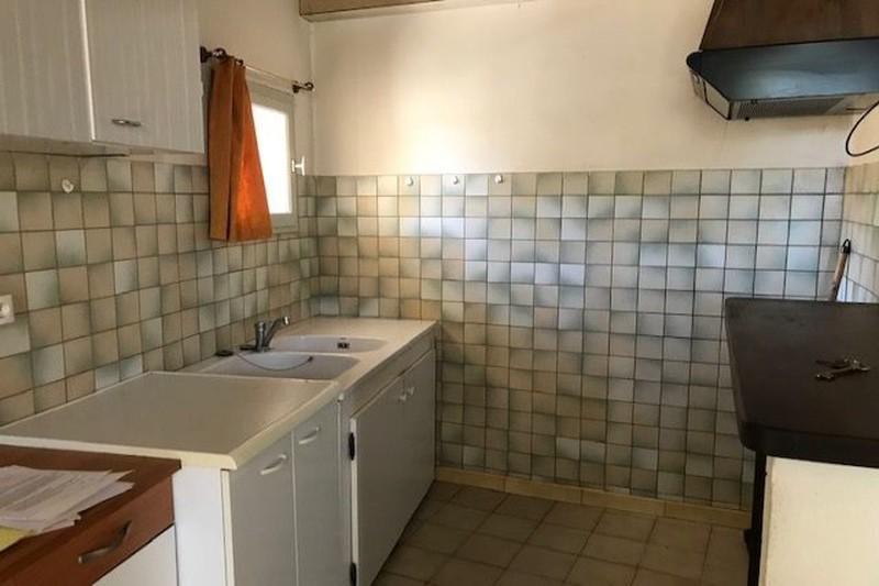 Appartement Beaumes-de-Venise Village,  Location appartement  3 pièces   65m²