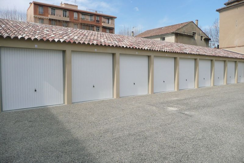 Garage Carpentras  Location garage