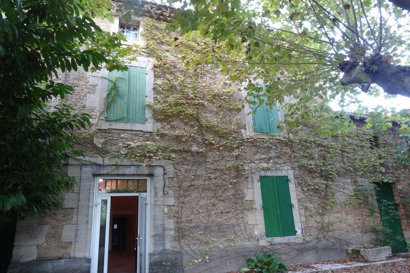 Maison de campagne Althen-des-Paluds Village,  Location maison de campagne  3 chambres   125m²