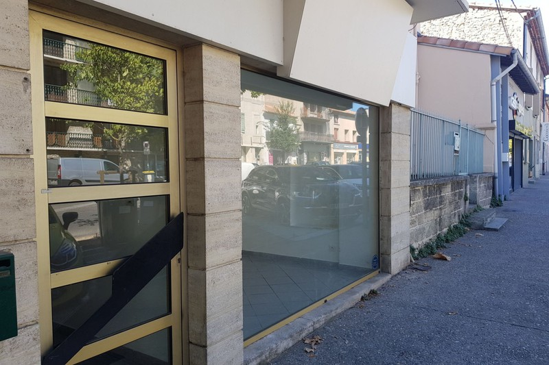 Photo Bureau Carpentras Centre-ville,  Professionnel bureau   60 m²