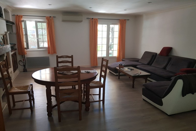 Villa Saint-Didier   achat villa  3 chambres   90m²