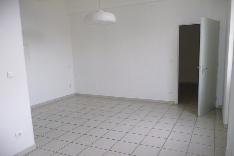 Photo Apartment Carpentras   to buy apartment  2 rooms   35 m²