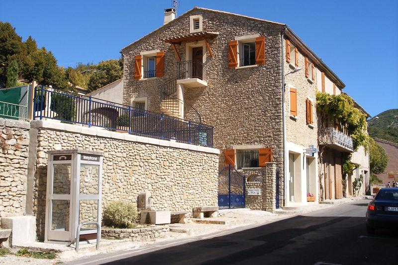 Photo Immeuble Montbrun-les-Bains Village,   achat immeuble  4 pièces   200m²