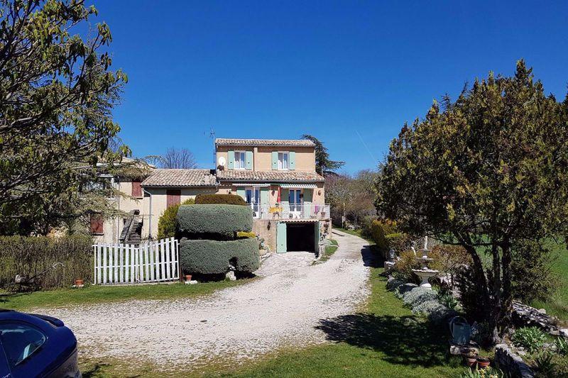 Maison de campagne Ferrassières   achat maison de campagne  2 chambres   86m²