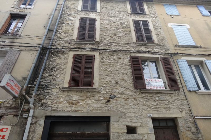 Photo Immeuble Carpentras Centre-ville,  Professionnel immeuble  6 pièces   150m²