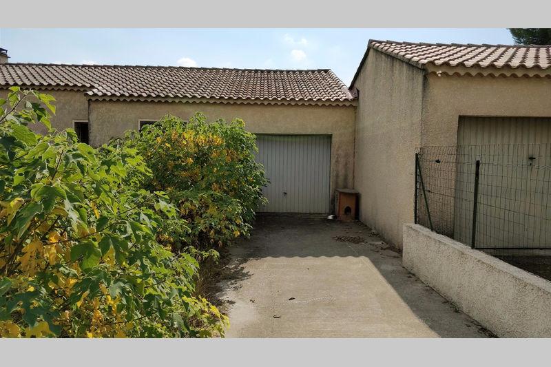 Villa Carpentras   achat villa  3 chambres   80m²
