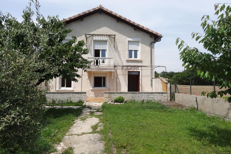 Maison Carpentras   achat maison  3 chambres   102m²
