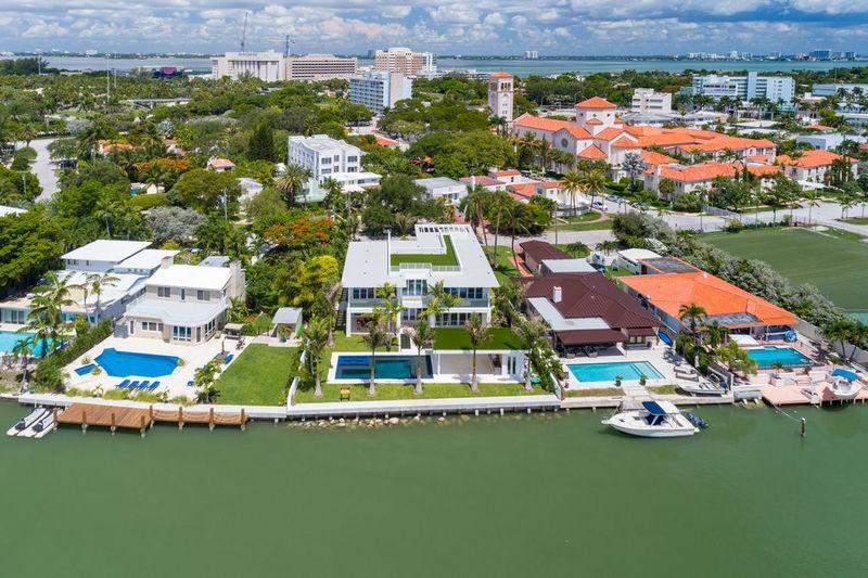 Photo Property Miami Floride,   to buy property  5 bedroom   700m²