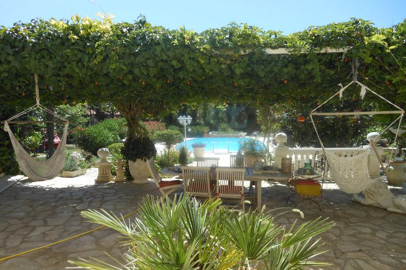 Photo Villa Assas   achat villa  4 chambres   220m²