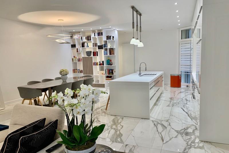 Photo Appartement de prestige Montpellier Comédie,   achat appartement de prestige  4 pièces   131m²