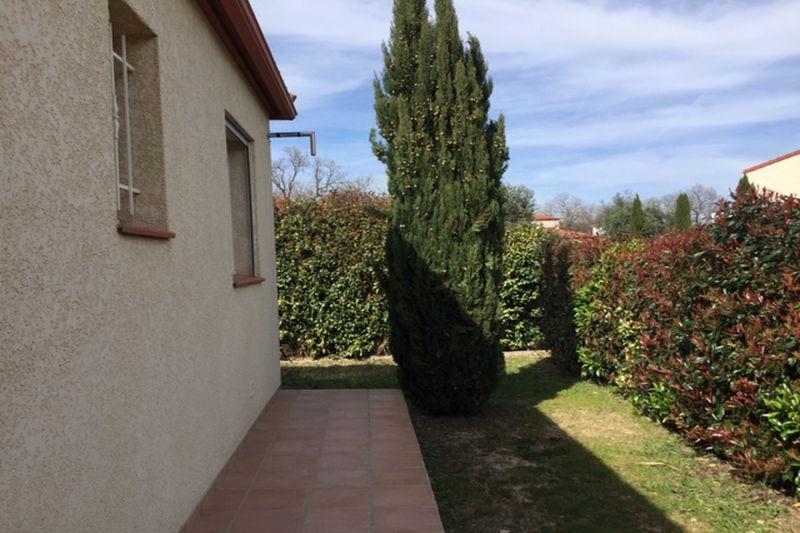 Villa Saint-Jean-Pla-de-Corts  Location villa  3 chambres   115m²